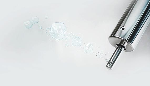 不鏽鋼噴嘴,不易沾染汙物,更加衛生而堅固